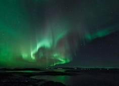Northern-lights(Aurora borealis) over Vestfjord from Tysnes. Photo:Stefan Linnerhag