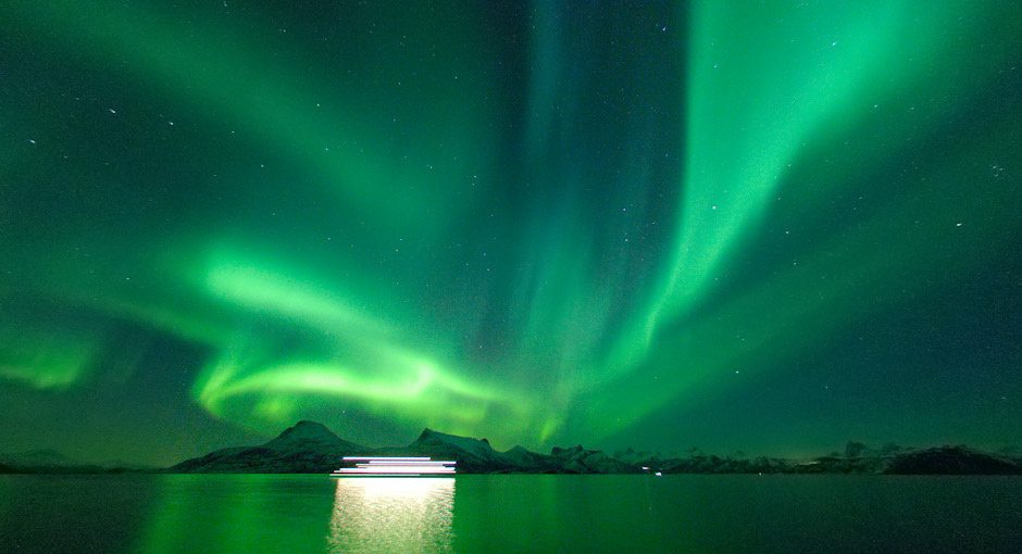 Northern lights - aurora borealis. Photo: Stefan Linnerhag, Swedenpicture